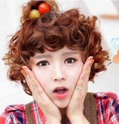 韩式萌萌萝莉短卷发发型