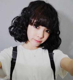 韩国时尚短发玉米烫发型