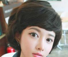 2015流行学生卖萌短发蘑菇头发型