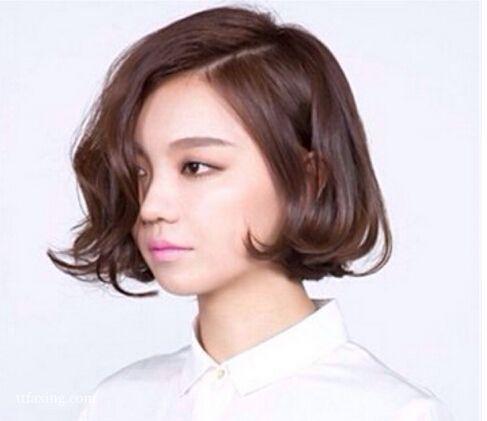 超美超有气质的短发烫发发型图片