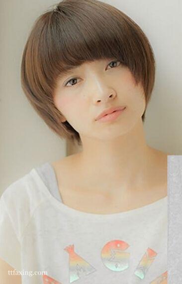 圆脸女生也能驾驭的短发,选这五款就对了!