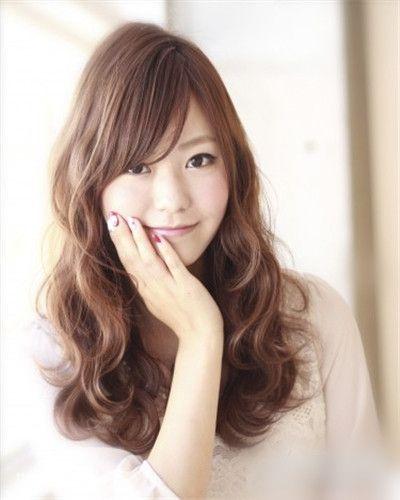 圆脸女生发型设计,五款中长发完美瘦脸