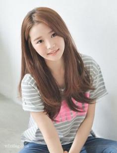 今秋流行的发型,五款韩式长直发美翻了!