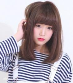 2015年秋季首选五款清新修颜长直发发型