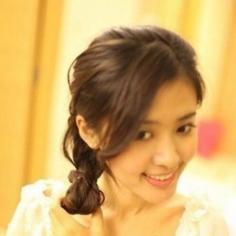 慵懒又淑女的韩式麻花辫,甜妹子必备!
