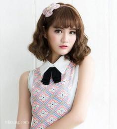 最新韩式蛋卷头发型,主打甜美淑女风