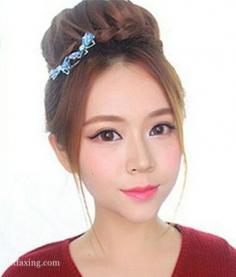 小脸女生怎么扎发好看,韩式花苞头超显气质
