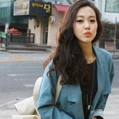 韩式长发卷发发型图片 甜美妩媚应有尽有