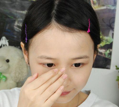 新手化妆教程图解 教你画出靓丽妆容