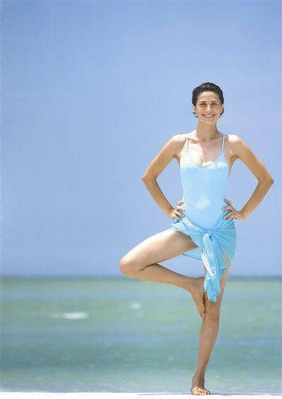 五个快速瘦腿瑜伽动作 经典瑜伽瘦腿动作