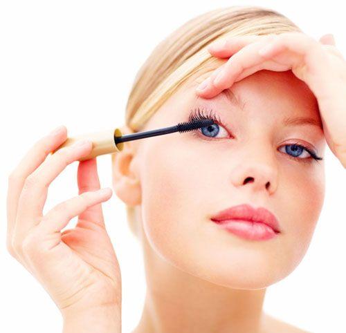 睫毛膏晕妆怎么办 教你几招预防晕妆