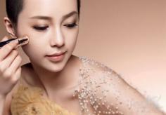 底妆包括哪些  所需化妆品使用方法详解