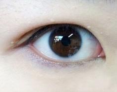 内双眼皮怎么画眼线 闪亮大眼你值得拥有