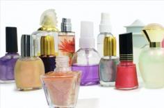 如何鉴别香水 两看一闻鉴别高品质香水