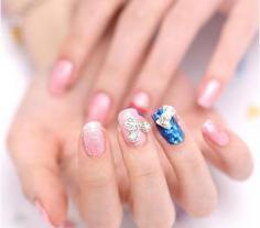 今夏流行的美甲款式大全 琉璃甲光疗甲法式指甲你最喜欢哪款