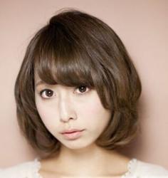 短卷发发型图片 打造娇俏可爱迷人造型