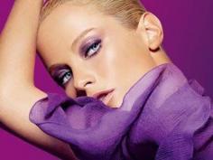 T台眼影颜色搭配技巧 教你轻松打造实用双彩色眼妆