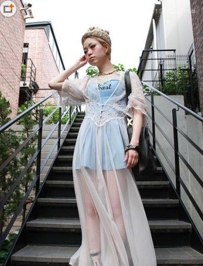 非主流服饰搭配推荐 日本街拍显个性
