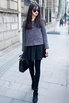 短款套头毛衣怎么搭配 巧妙搭显高挑身材