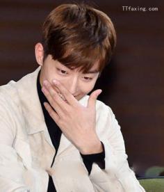 男生韩式发型推荐 轻松打造韩式魅力