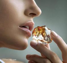 秋冬季节怎么防止双唇干裂 几个误区让你双唇问题越陷越深