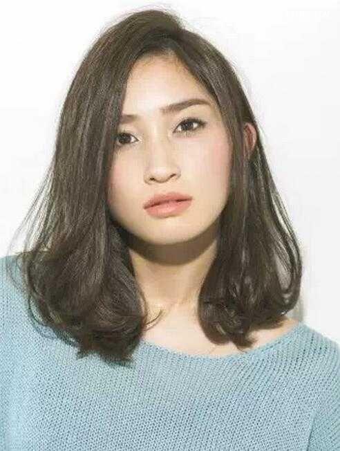 大脸女生适合的发型推荐,修颜发型显气质