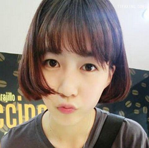修颜俏皮齐耳短发内扣短发_发型设计-天天发发型女阶梯图片发型图片