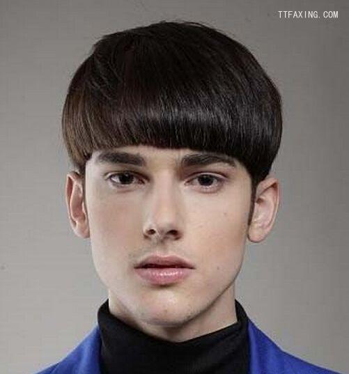 男生帅气锅盖头发型欣赏