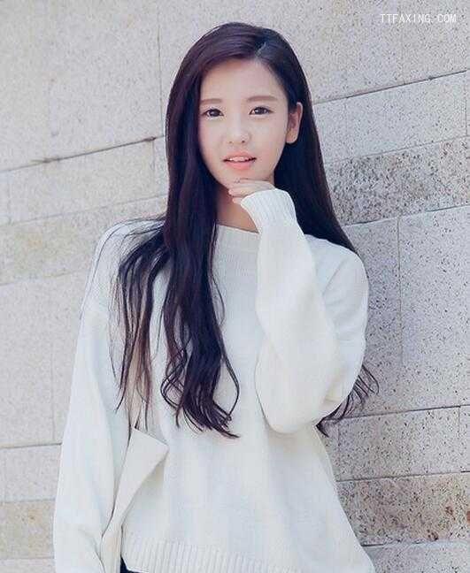 冬季女神范长发发型图片