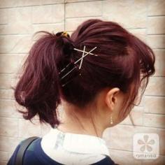 就算是简单小发夹也能给头发增添魅力