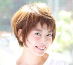 软妹最爱轻盈碎刘海 简单清爽时尚感