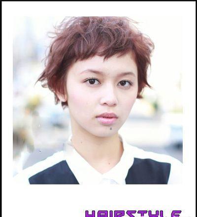新年9款发型青春个性短发减龄必备_发型设计魅力五彩缤纷吴世勋图片