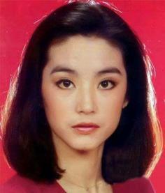 林青霞美丽依旧 回顾一代女神魅力发型