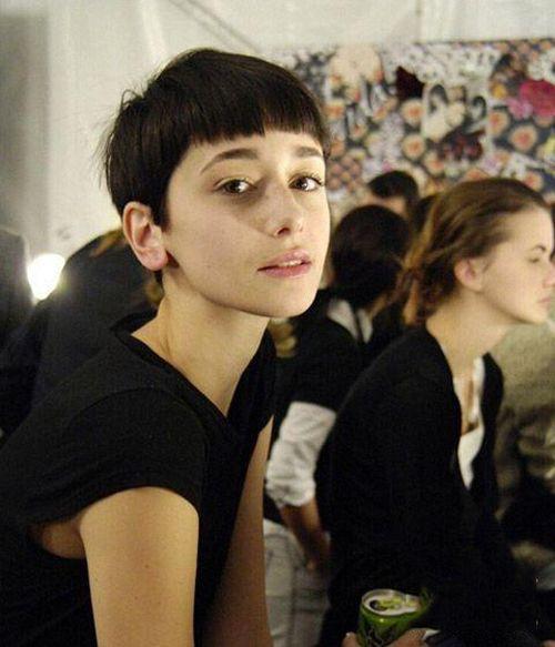 女生短发发型有哪些 帅气甜美凸显女人味