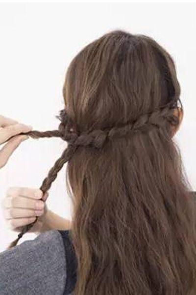 长直发编发教程图解 教你清新甜美的半扎发发型