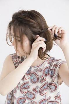 齐肩短发编发教程图解 让你变身活泼可爱少女范儿