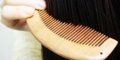 如何梳头防脱发 4种方法预防脱发