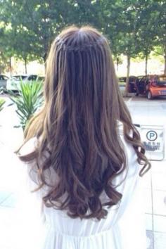 女生烫发类型有哪些 选择你喜欢的类型吧
