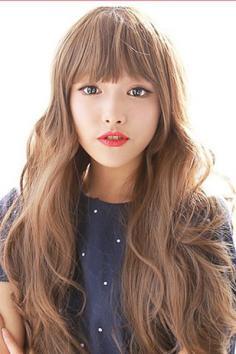 齐刘海长卷发发型图片 甜美可爱不失女人味