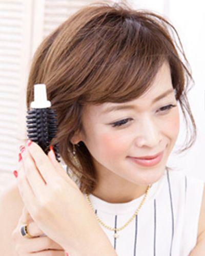 中年女性短发怎么扎好看 两款扎发更显年轻