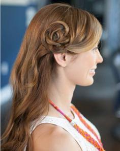 韩式花瓣头发型扎法教程 简单又好看