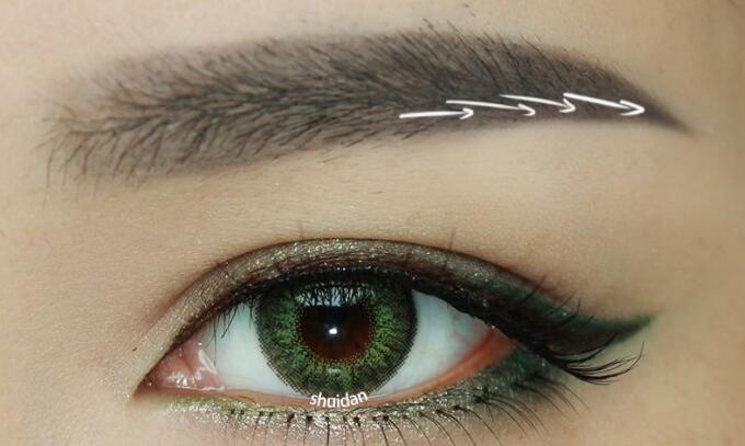 经常刮眉毛好不好 关于刮眉的利弊分析