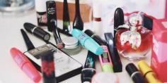 用化妆品过敏了怎么办 化妆品过敏脸肿了怎么办