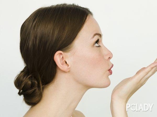 法式麻花辫编盘发 欧美风情女人味十足