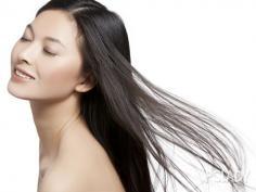简单盘发发型扎法 一分钟搞定的气质低盘发
