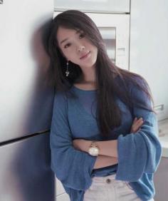 清纯慵懒的长直发发型图片