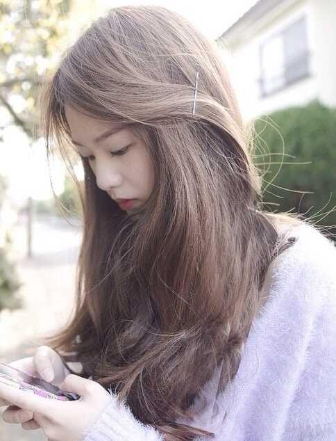 美美的早春长发发型图片
