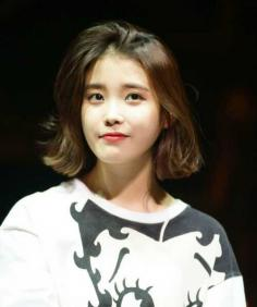 时尚慵懒的韩国女生短发发型