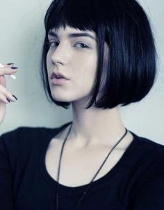 好看的女生短发发型图片