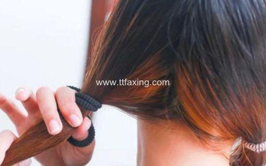 拉直头发多久可以扎头发 千万不能太早了 ttfaxing.com